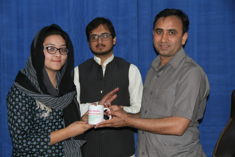 INTERNAL ACADEMIC PRIZE DISTRIBUTION CEREMONY